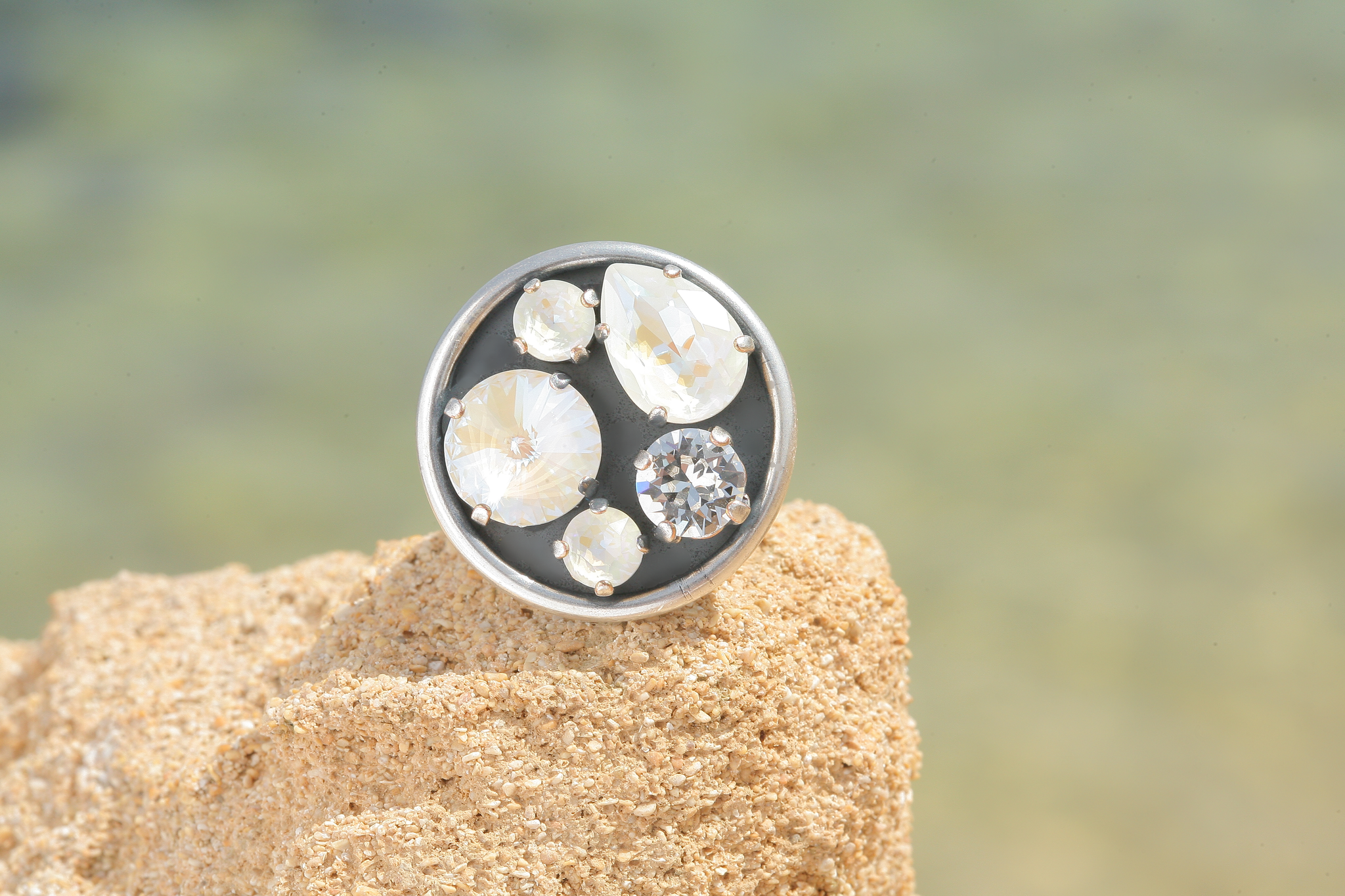 artjany Ring mit crystals im grey deLite mix