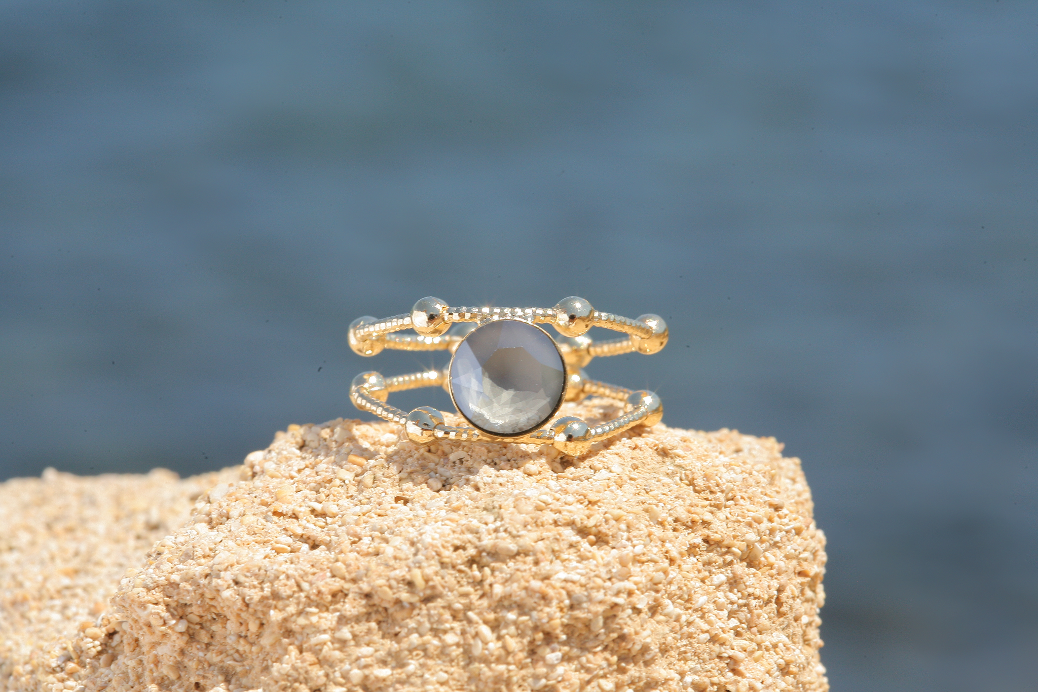 artjany goldener Ring in dark grey