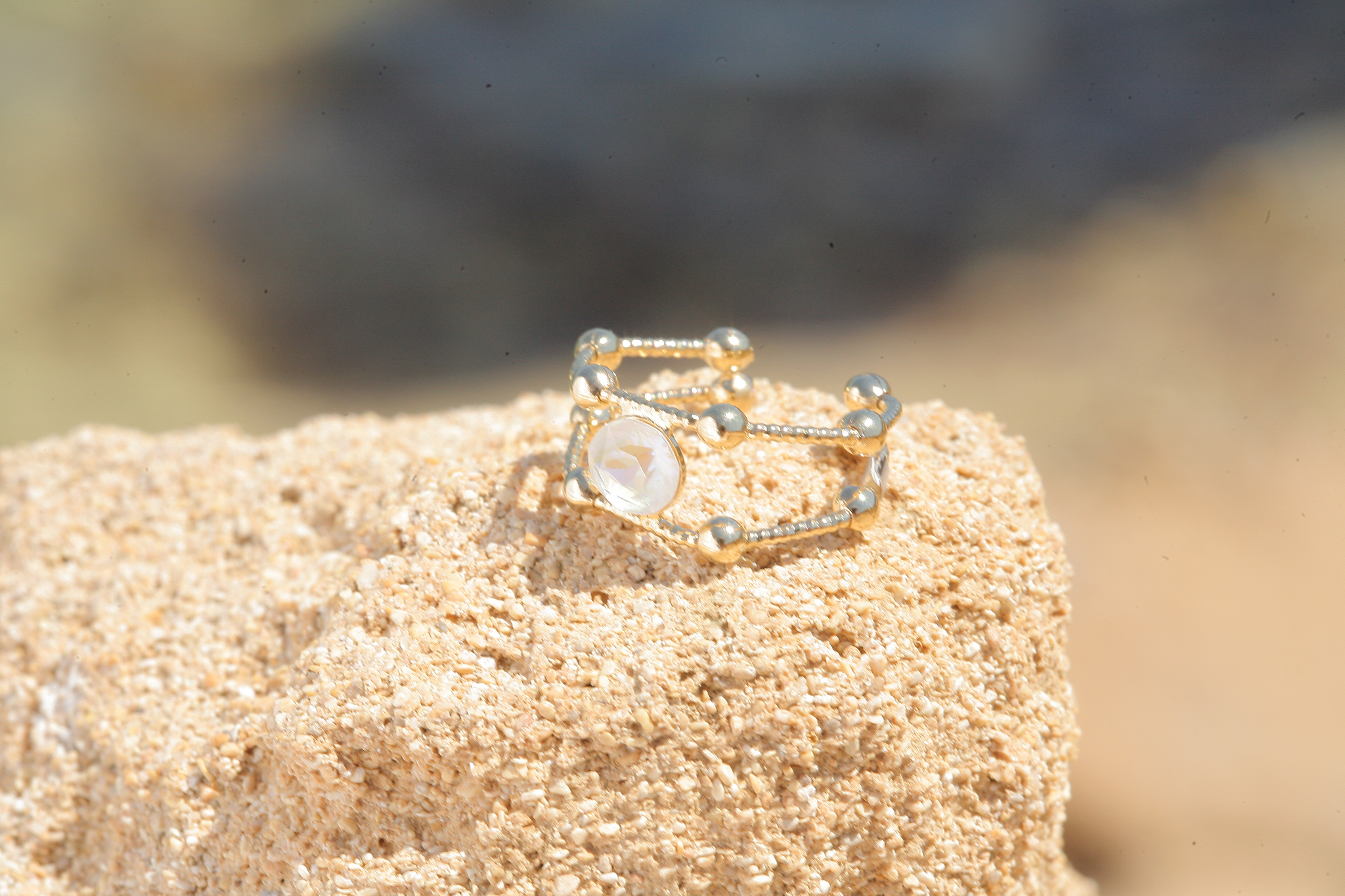artjany goldener Ring in light grey deLite