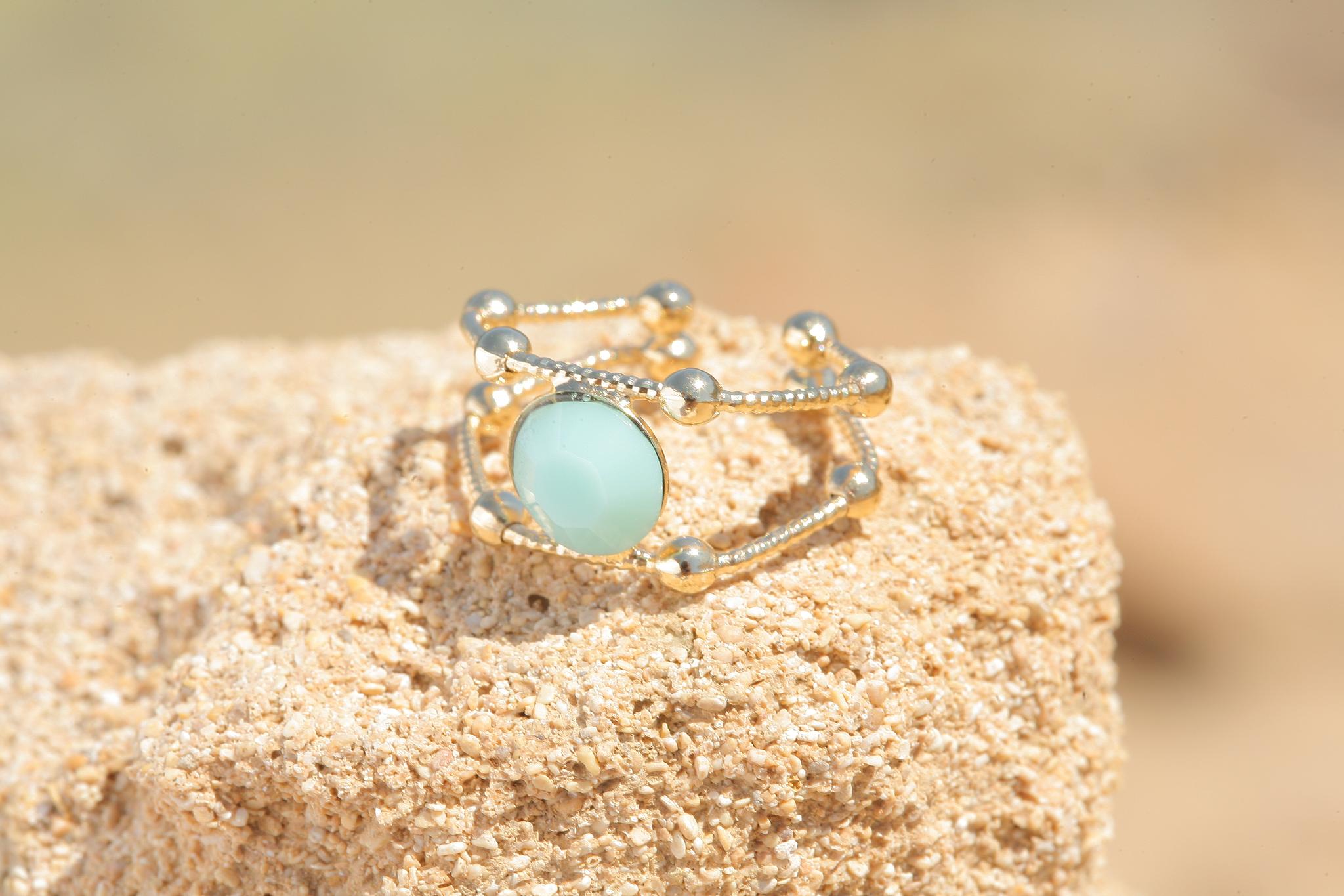 artjany goldener Ring in mint alabaster