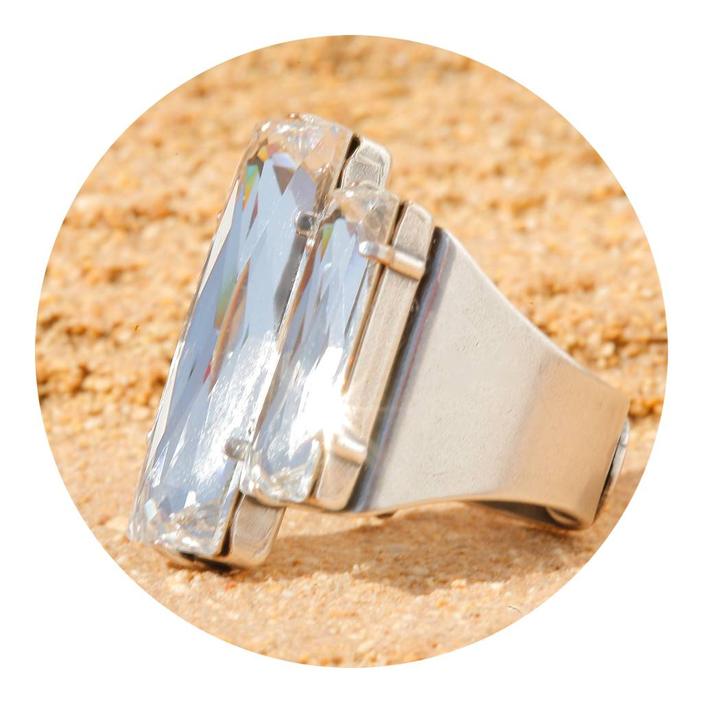 artjany Ring mit crystals in crystal