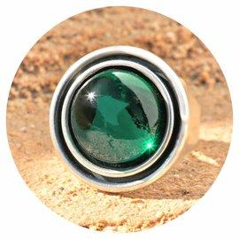 R-UFOK emerald