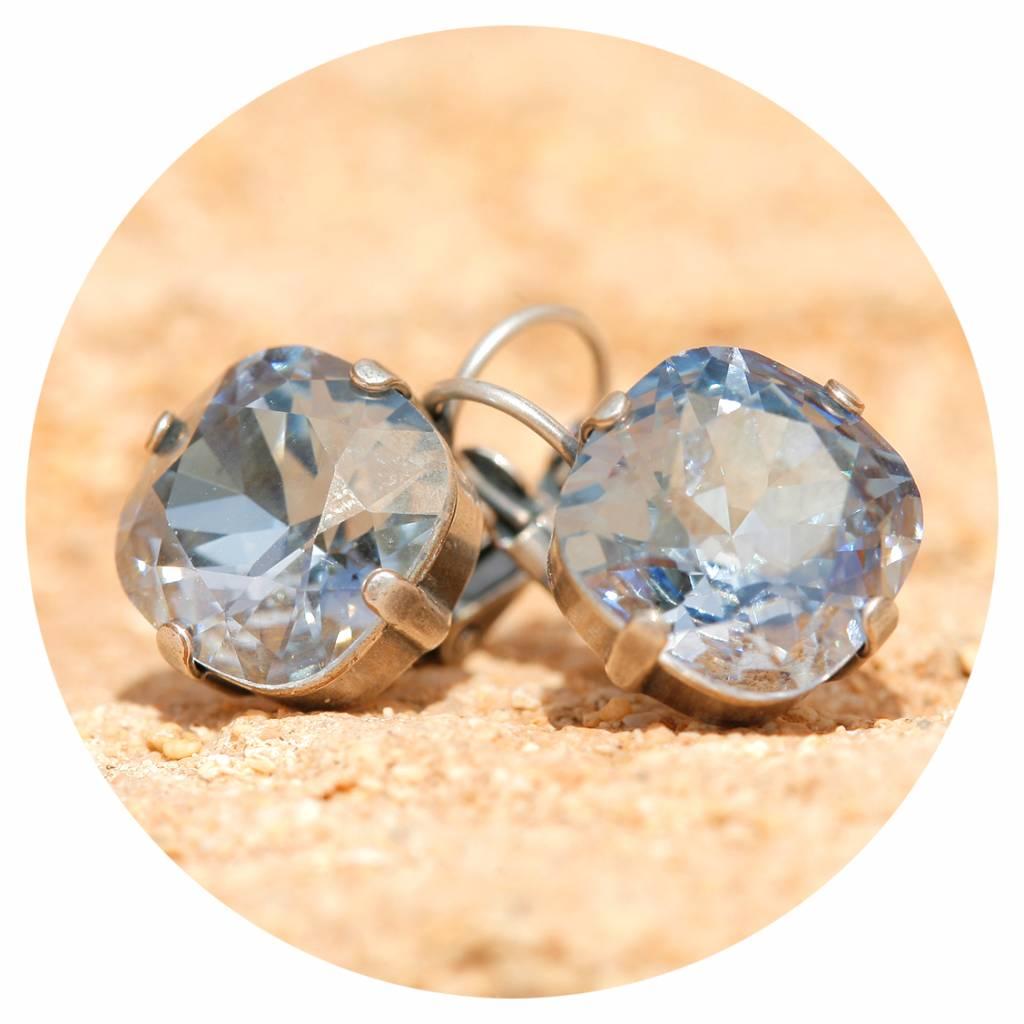 artjany Ohrhänger mit crystals in blue shade