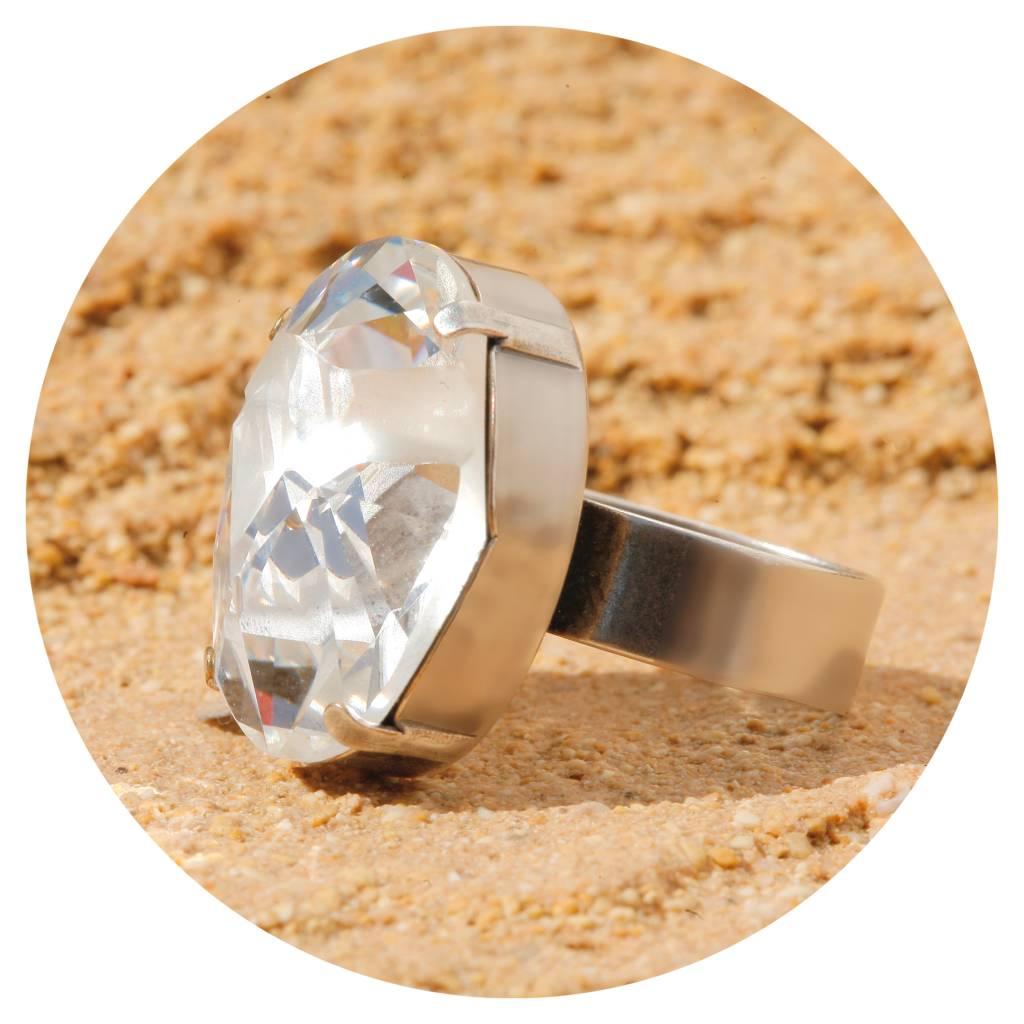 artjany Ring mit einem crystal designed by J.P.Gaultier