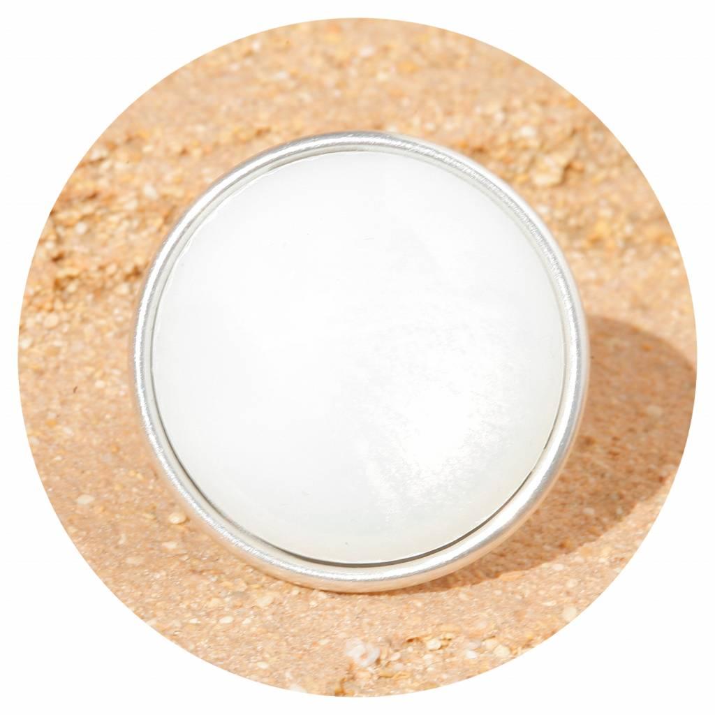 artjany Ring mit einem Cabochon in white opal