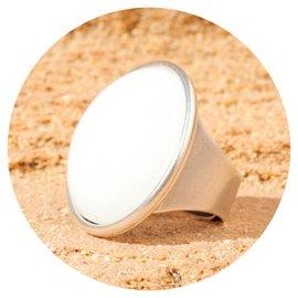 R-C30 white opal