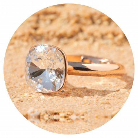 artjany Ring mit einem Kristall in crystal