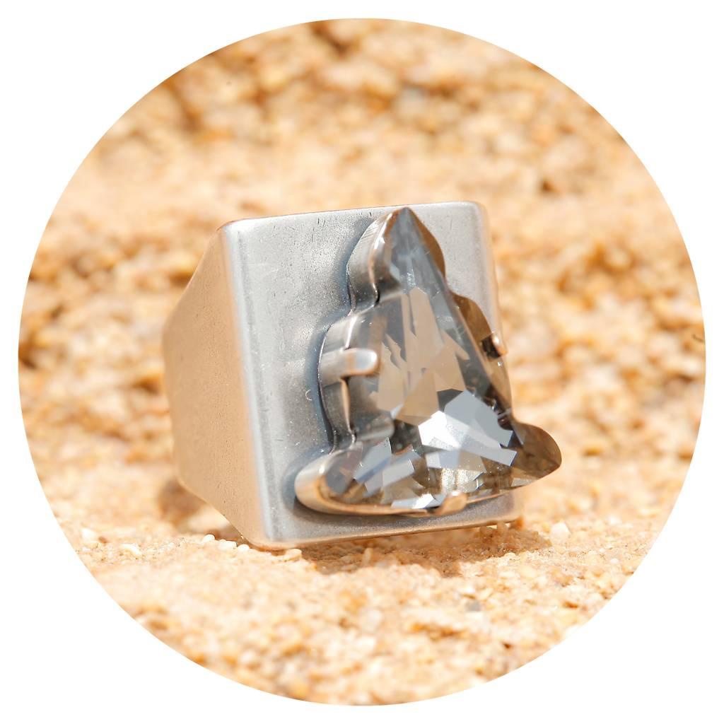 artjany Buddha Ring mit einem kristall in silver night