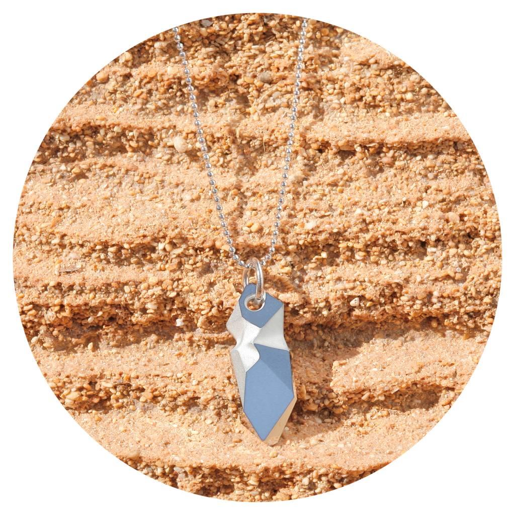 artjany Kette mit einem crystal designed by Jean Paul Gaultier