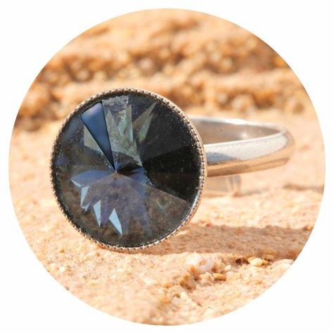 artjany Ring mit einem crystal in montana