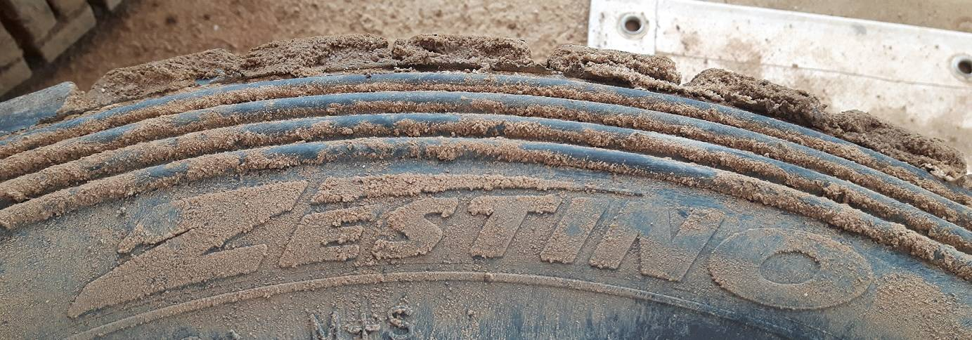 Zestino Competition Tyres Gravel 09R Rally Autocross Rallycross Soft Medium Hard Compound Michelin TL80 TZ TL40 Zestino Gredge Acrova Circuit Tires Graveltires Graveltyres Autograss Stockcar F1