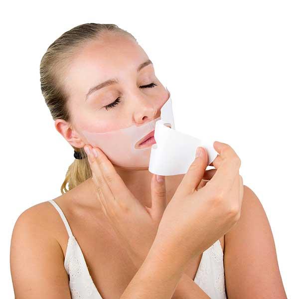 Die Anwendung der Konivéo Face Masks