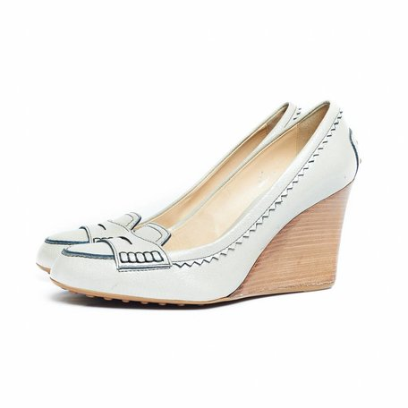 Tod's wedges off white