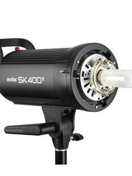 Godox Studioblitz SK400-II mit Stativ