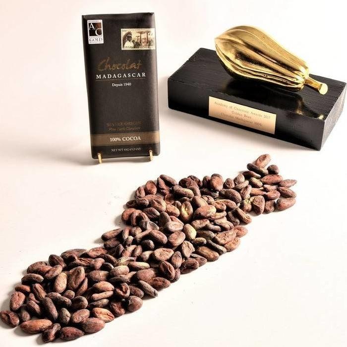- 100% COCOA dunkle Schokolade | Chocolaterie Robert Malagasy, 85g GOLDEN BEAN - SIEGER - Academy of Chocolate  2017