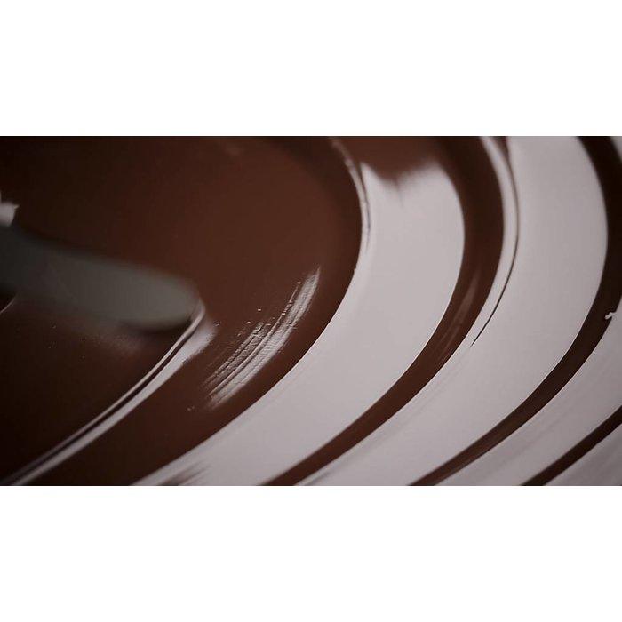 - CARRÉ   dunkle Schokolade mit Süßstoff grob gemahlene Kaffeebohnen aus Yirga, Äthiopien gemahlenen Kakaobohnen gefriergetrocknete schwarze Johannisbeere, 50g