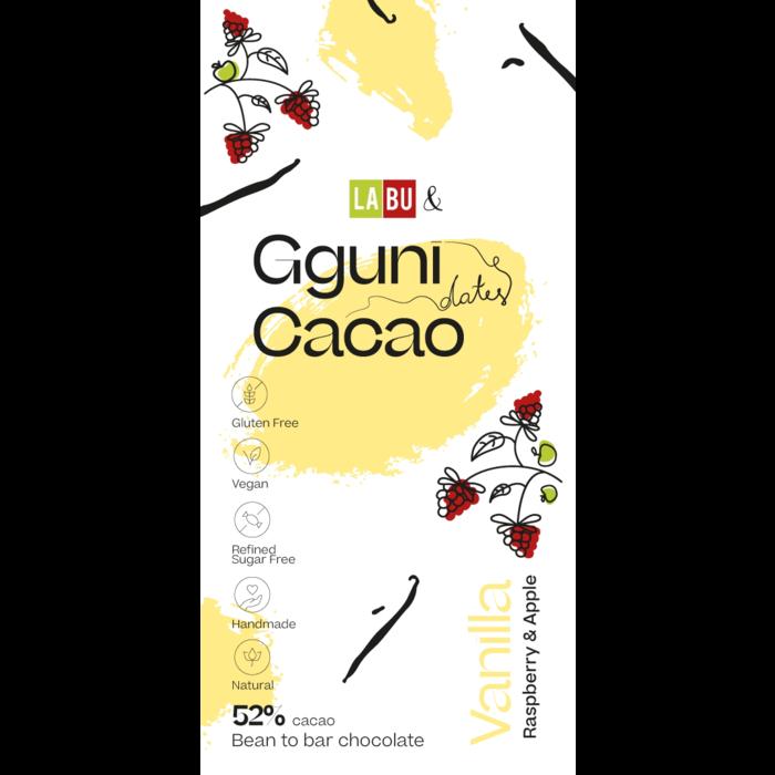 - 52% Schokolade mit Vanille, mit Datteln gesüßt, mit Himbeeren und Äpfeln Stücken