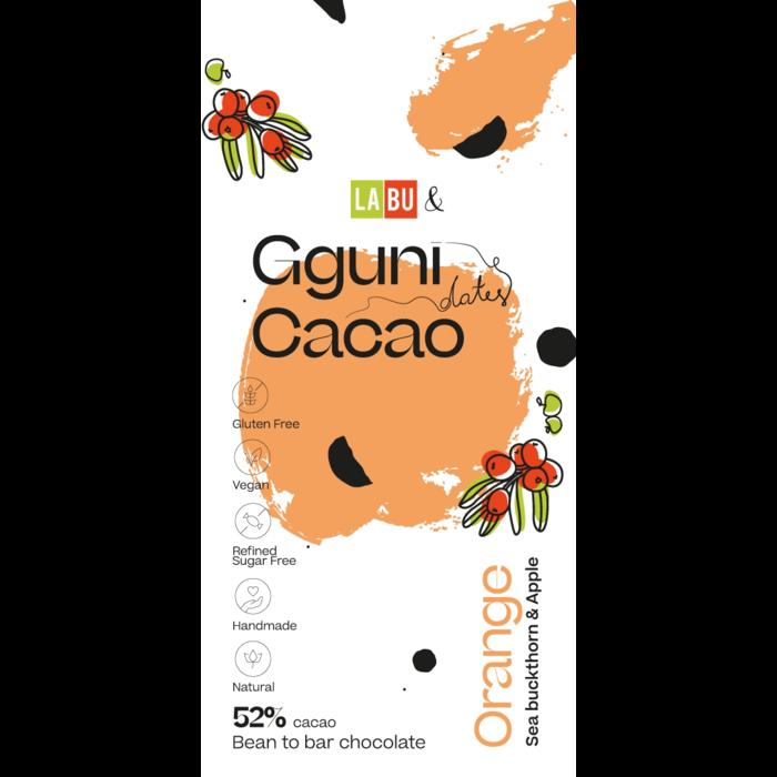 - 52% Schokolade mit Orangenschale, Sanddorn, mit Datteln gesüßt