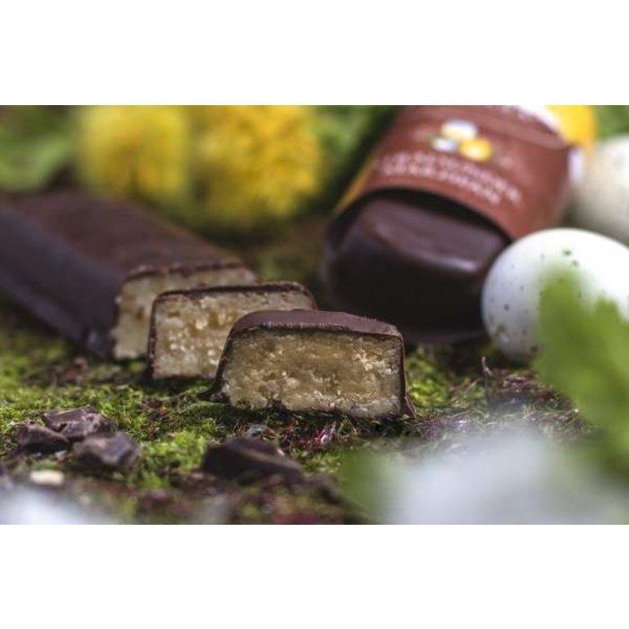 -  Marzipanbrot Eierlikör mit Zartbitterschokolade, 60g