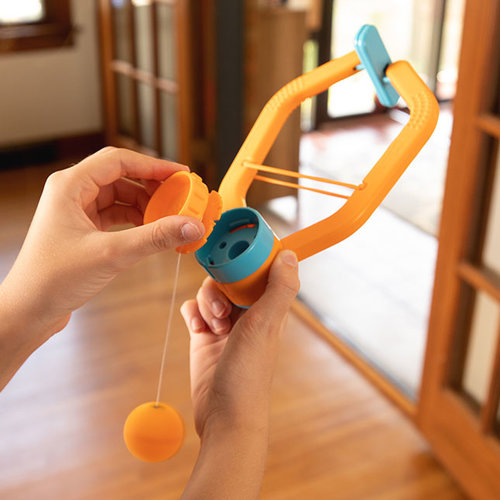 Fat Brain Toys Door Pong - tafeltennis zonder tafel!