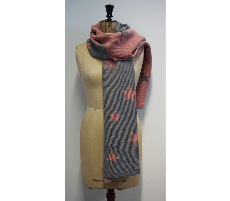 Reversible Star Scarf