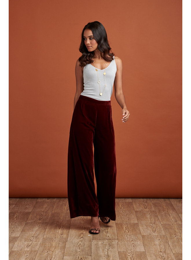 Jaba Elena Velvet Trousers in Ruby Red