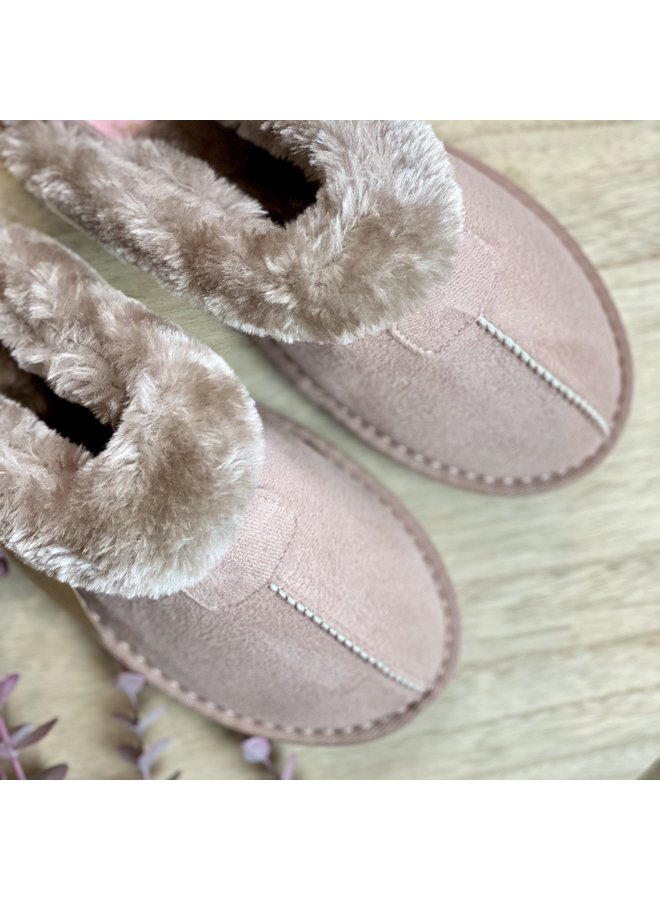 Suedette Slippers in Pink