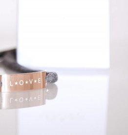 "GLOSSY ROSEGOLD: ""LOVE"""