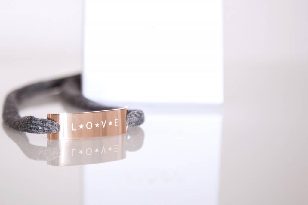 "GLOSSY ROSEGOLDEN: ""LOVE"""