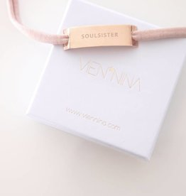 "GLOSSY ROSEGOLD: ""SOULSISTER"""