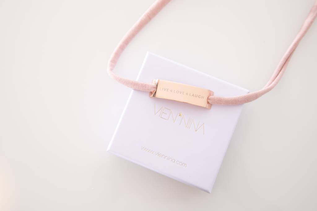 "GLOSSY ROSEGOLD: ""LIVE*LOVE*LAUGH"""