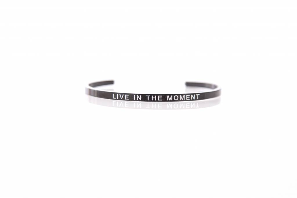 """""""LIVE IN THE MOMENT"""" - Bangle BLACK"""