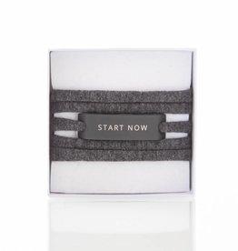 START NOW - black