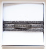 """LIVE IN THE MOMENT"" black matt / N*dividual"