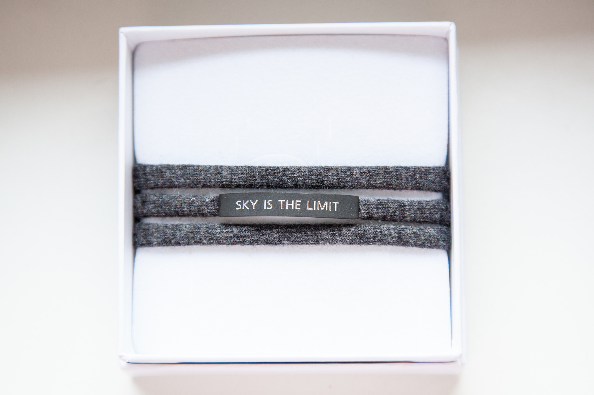 """SKY IS THE LIMIT"" schwarz matt / N*dividual"