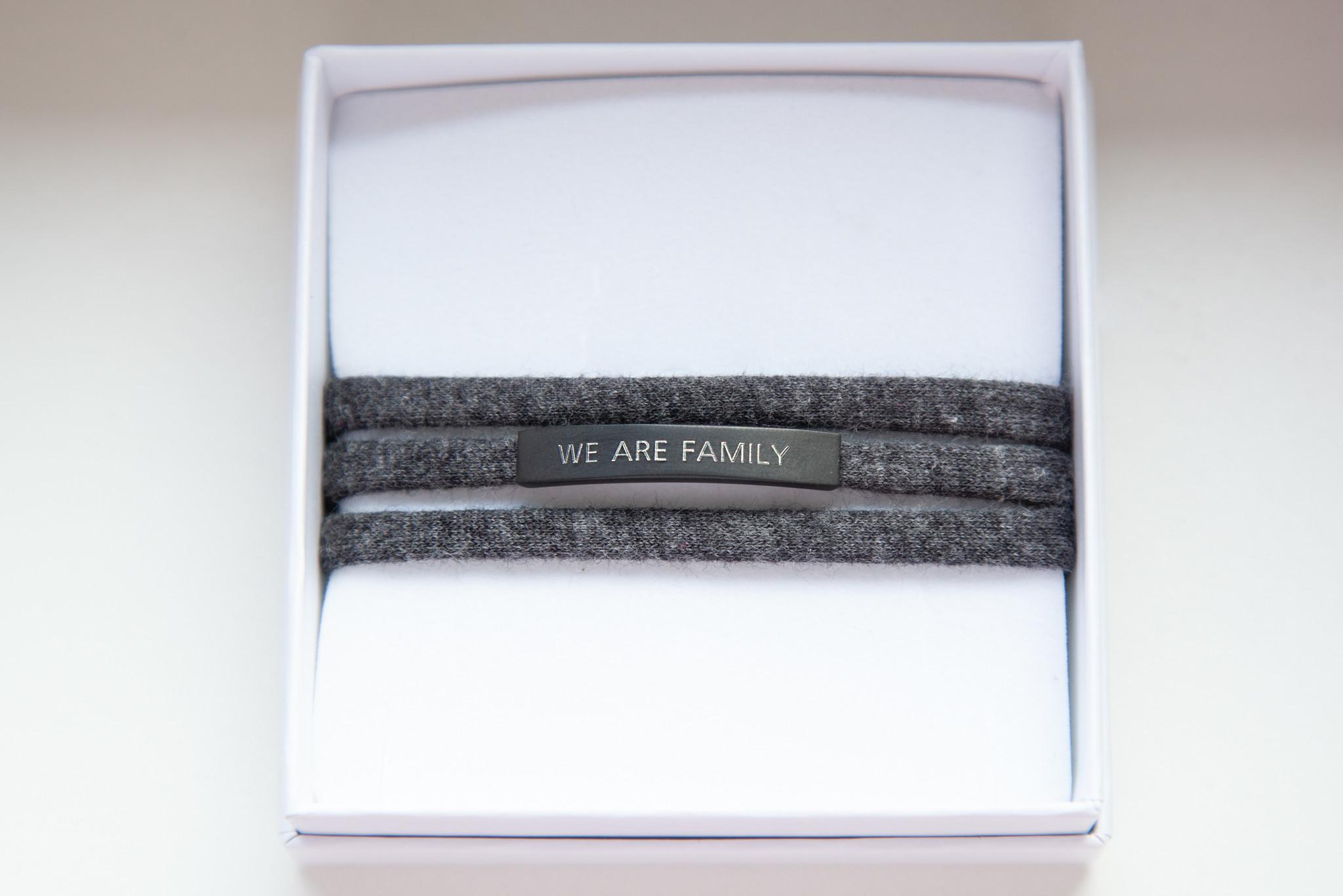 """""""WE ARE FAMILY"""" black matt / N*dividual"""