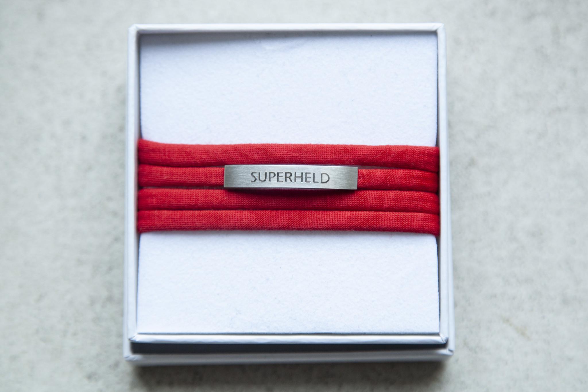 """""""SUPERHELD"""" silver matt"""
