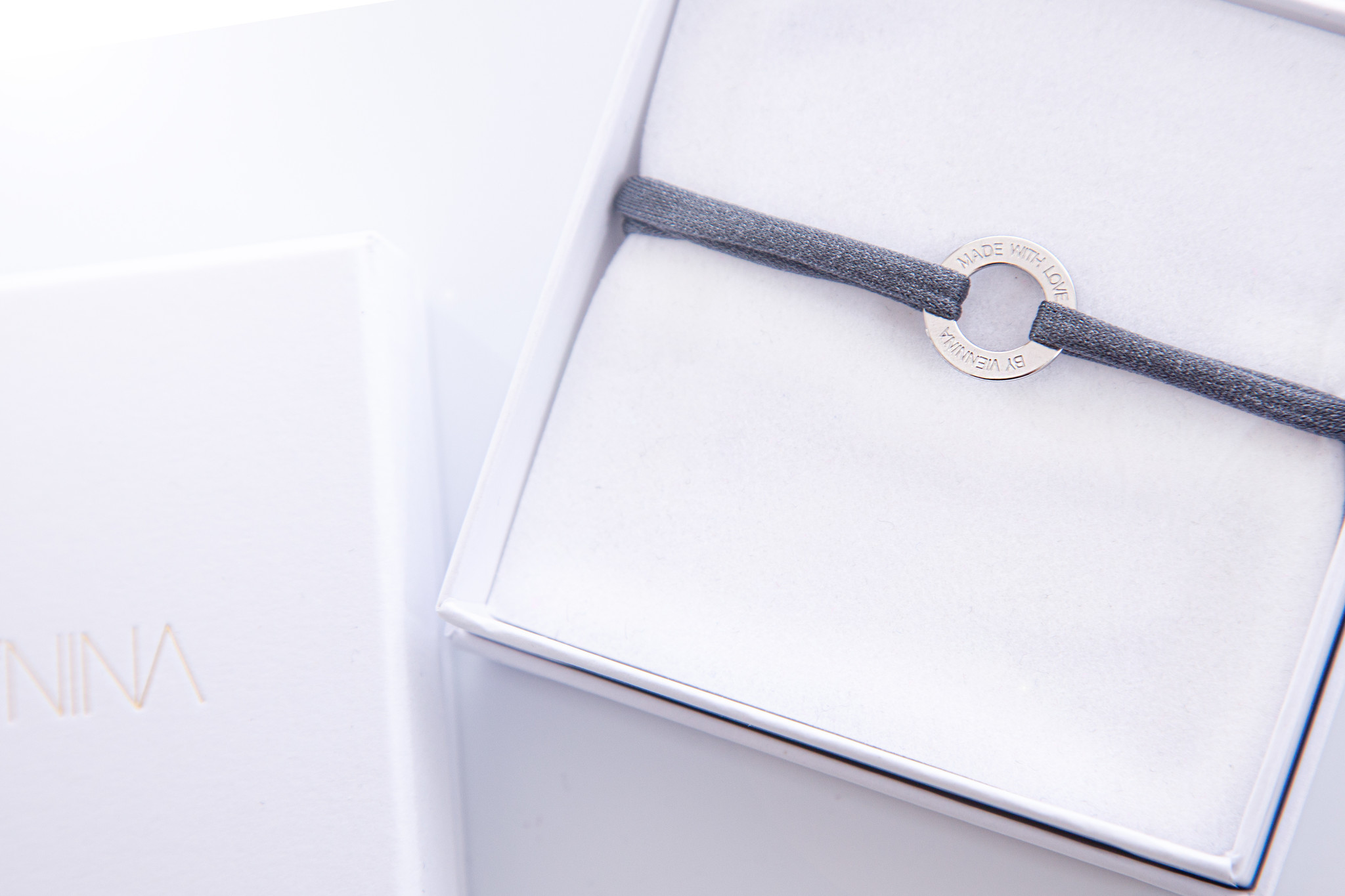 """ARMBAND/ klein silber glossy/  """"MADE WITH LOVE BY VIENNINA""""/ N*FINITY"""