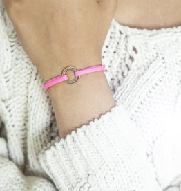 "ARMBAND/ klein rose glossy/ ""MADE WITH LOVE BY VIENNINA""/ N*FINITY"