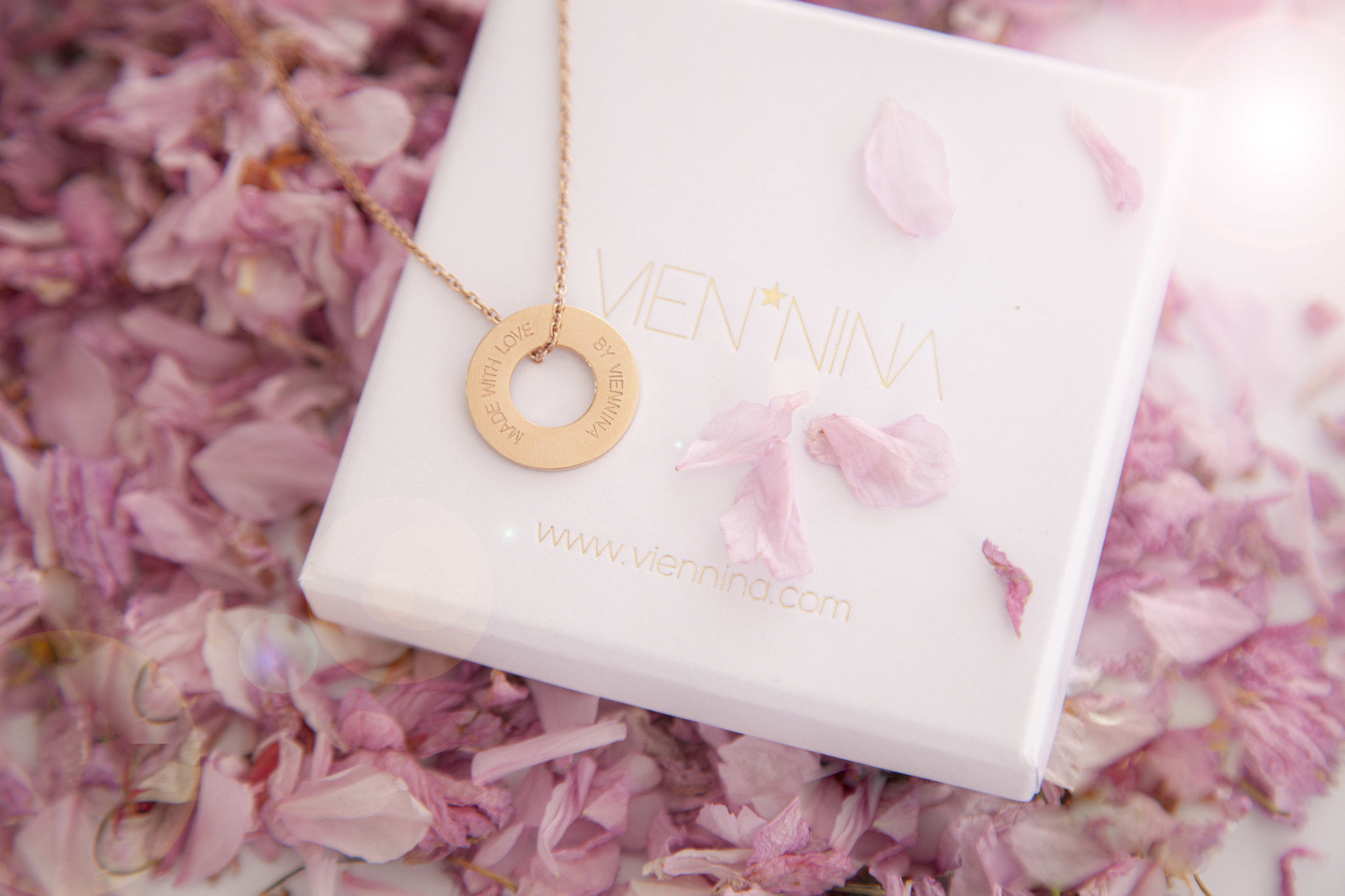 "NECKLACE / large  rosegolden matt ""MADE WITH LOVE BY VIENNINA"" / N*FINITY"
