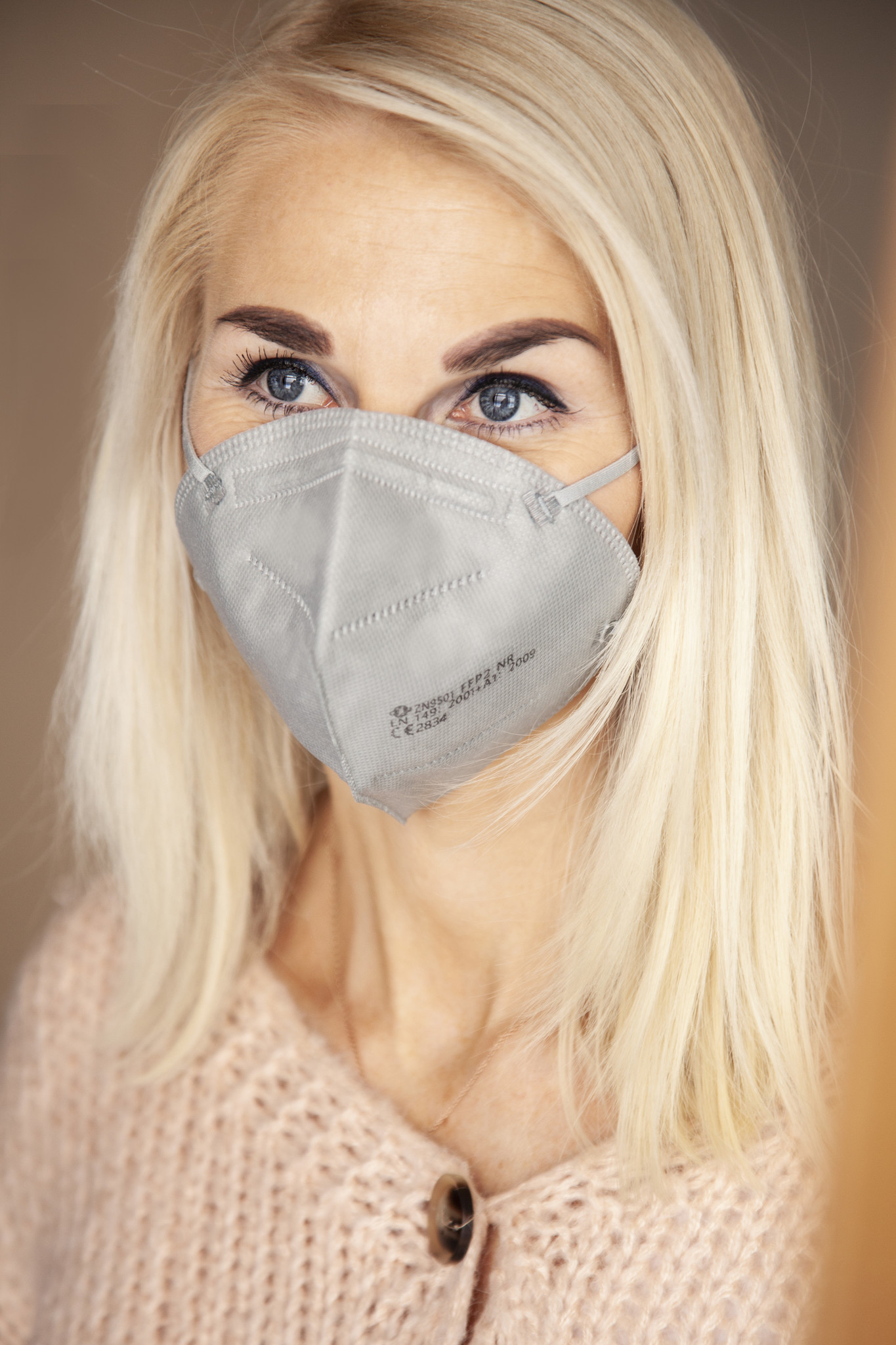 "one piece FFP2 Mask ""Grey"""