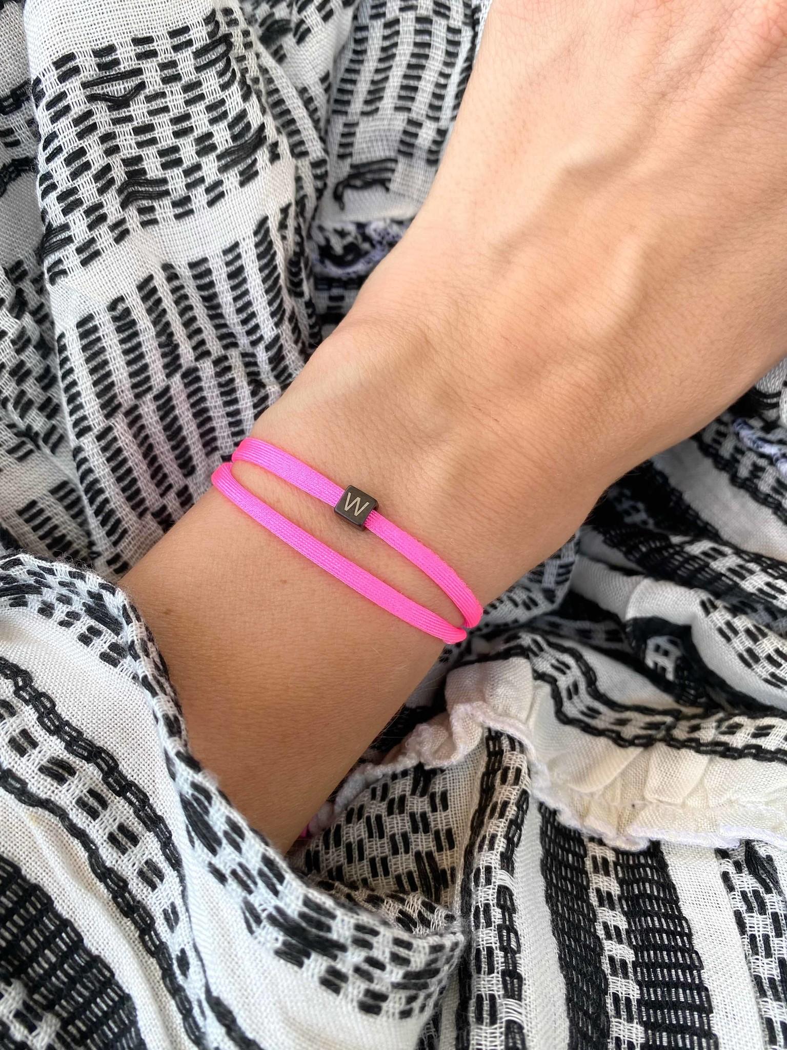 "N*ITIAL  Armband oder Halskette ""W"" schwarz"