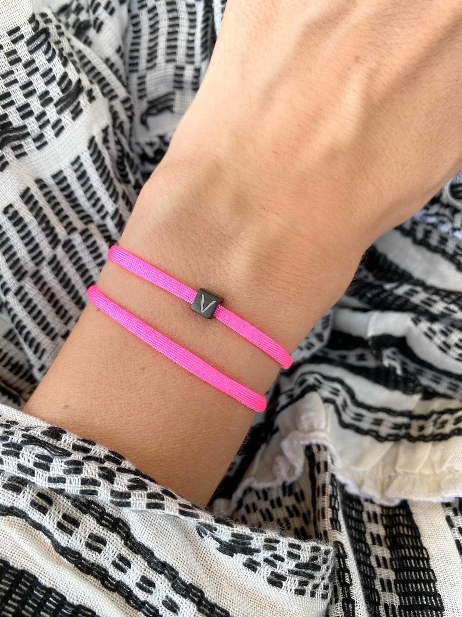"""N*ITIAL  Bracelet or Necklace """"V""""  black"""