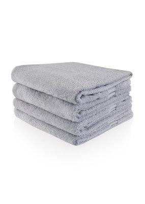 Geborduurde badhanddoek met naam - Lichtgrijs