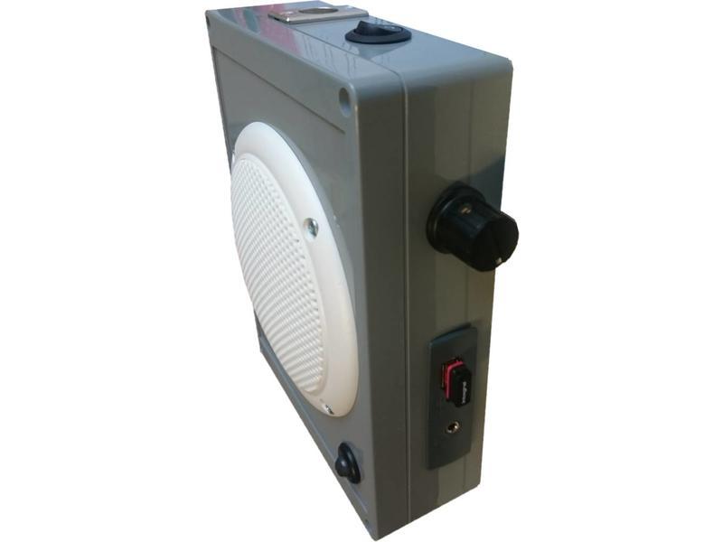 Bewegingsmelder met geluiden en USB stick MP3   15 x 20 x 10cm