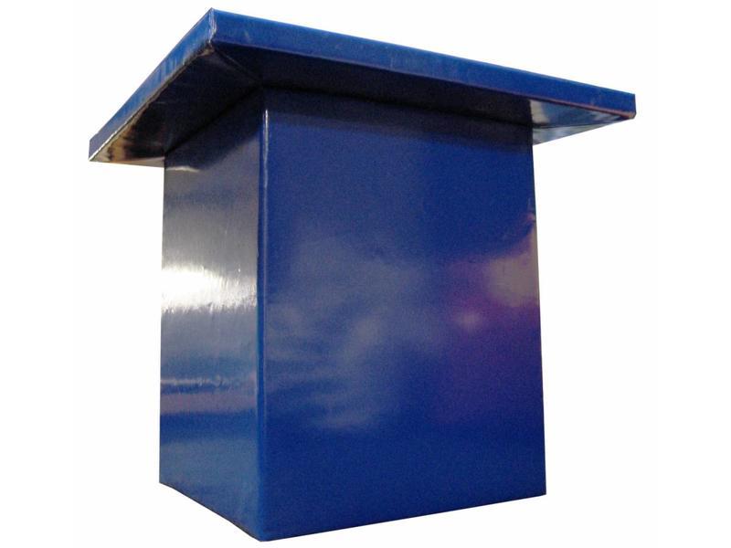 Atelier Michel Koene Time-Out tafel voor vast aan de vloer   90x90x80cm blad 5cm