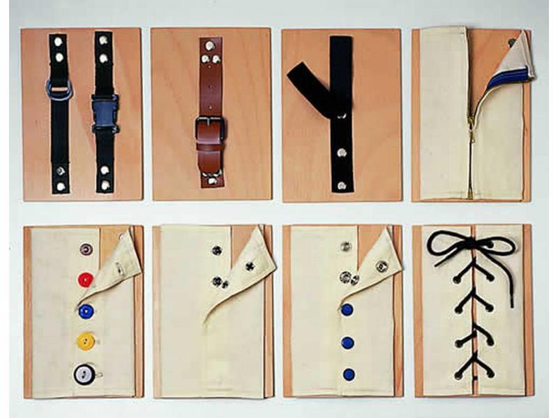Sluitingenspel- rits- knoop- veter en klittenband   8x 24 x 15cm