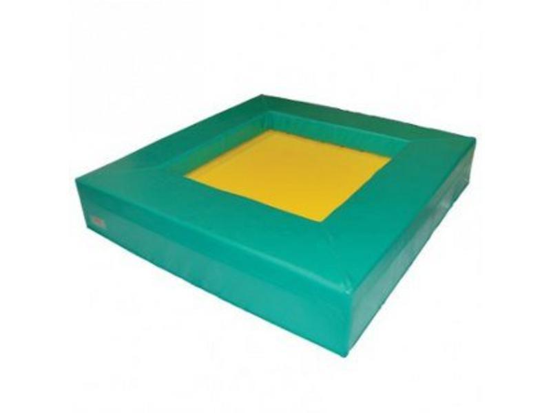 Zachte trampoline 145x145x35cm hoog