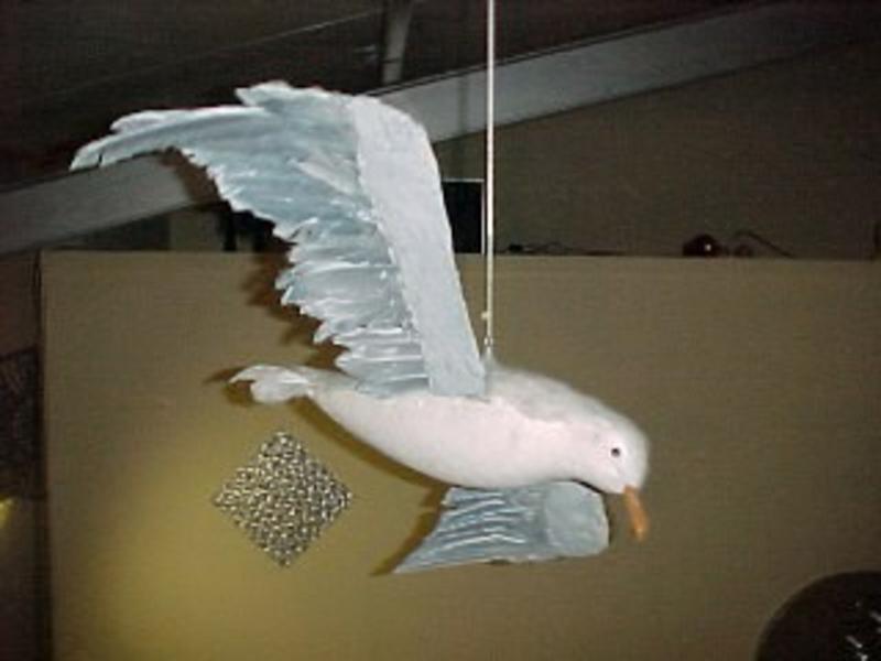 Vogel meeuw- celstof   spanwijdte 75cm