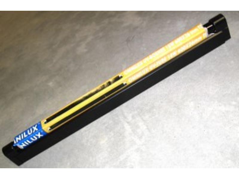 Blacklight TL- armatuur en lamp   60cm, 18W